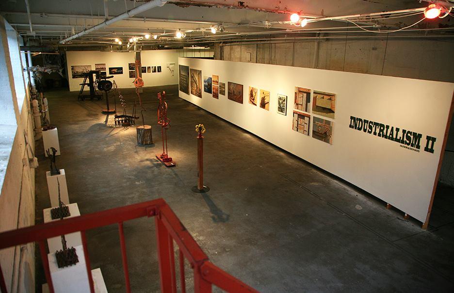 Dolphn Gallery